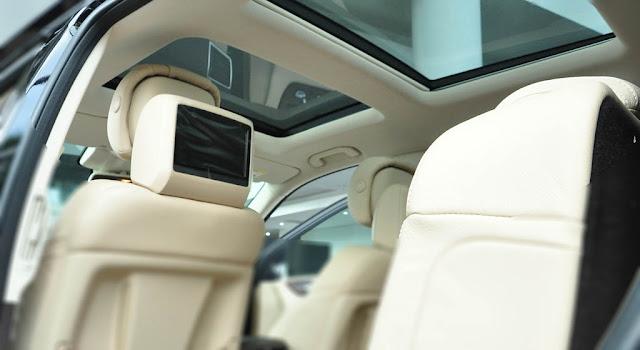 Mercedes GLS 500 4MATIC 2019 trang bị Cửa sổ trời siêu rộng Panoramic