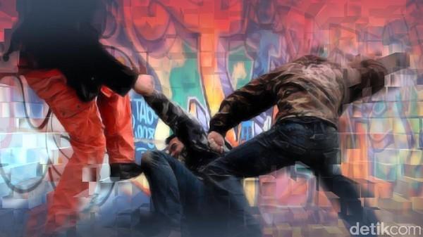 Senggolan di Jalan, Anggota Polsek Cianjur Dipukuli Sejumlah Pemuda Mabuk