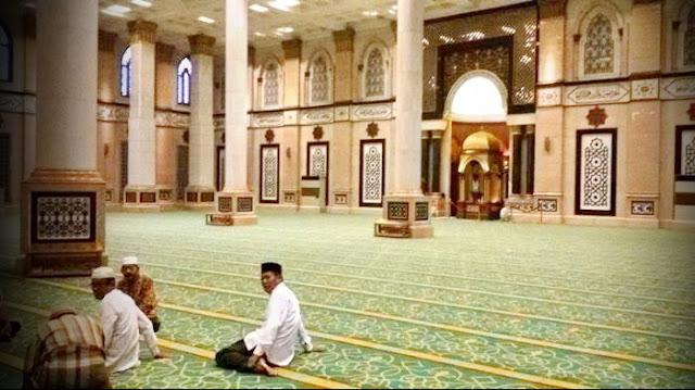 Pemerintah Imbau Seluruh Ibadah di Bulan Ramadhan Dilakukan di Rumah Saja