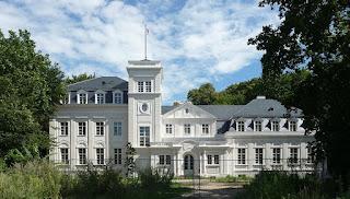 Villa Carlshagen in Potsdam, Berlin (from Wikipedia)