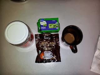 Bulletproof Coffee ainekset kookosöljyä, luomu voita ja cafeceps kahvia