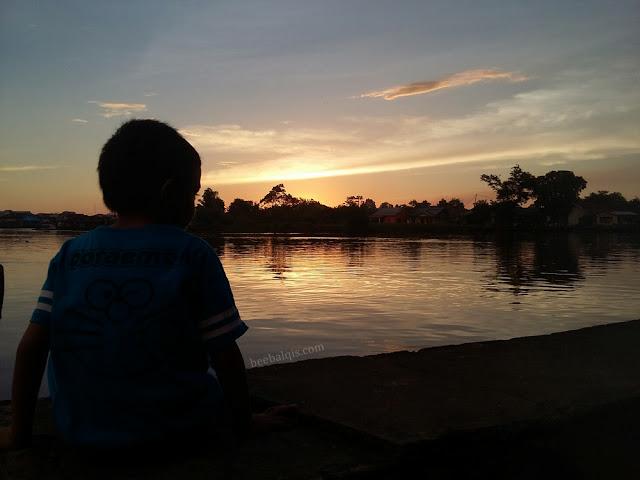 Wisata Sejarah Keraton Sambas AlwatzikHoebbillah Kalimantan Barat