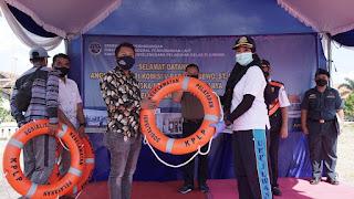 UPP Juwana  Sosialisasikan Kespel dan Serahkan 150 Life Buoy Pada Nelayan