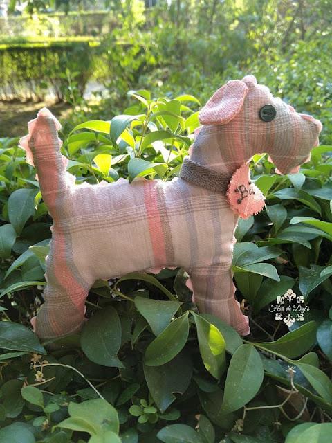 perrito-pequeño-tela-flor-de-diys
