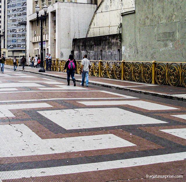Viaduto do Chá, no Centrão de São Paulo