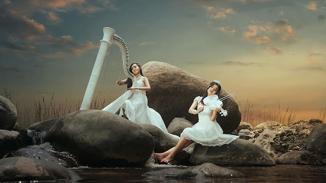 7 Silence in Melody - a Photographic Concept in Photoshop Tutorial