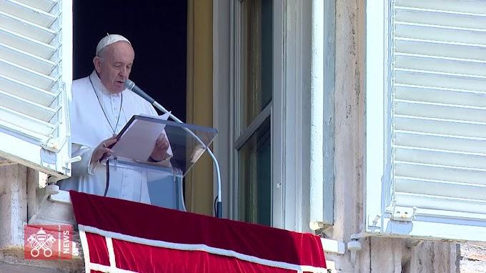 Angelus, Papa Francesco prega per l'Afghanistan