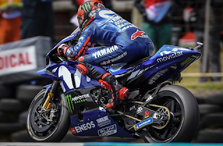 Gambar wallpaper maverick vinales m1 2018