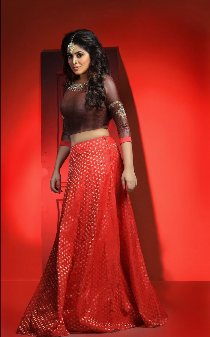 Actress Poorna Latest Hot and Stunning Photos