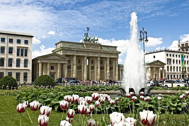 ブランデンブルク門、ベルリン、5月
