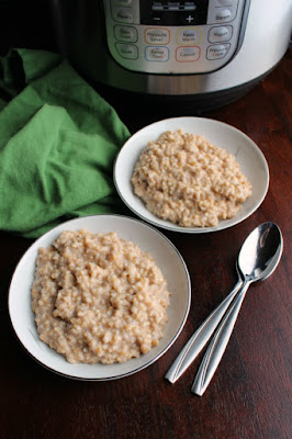 bowls of maple cinnamon steel cut oatmeal in front of instant pot pressure cooker