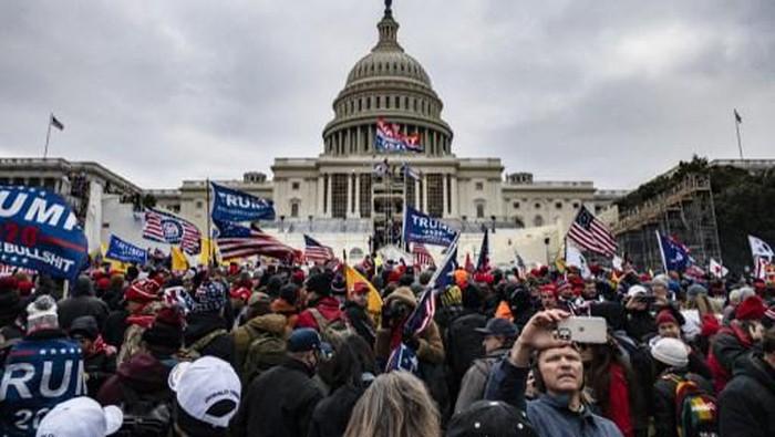 Terus Menyulut Kerusuhan, Twitter Ancam Blokir Trump Selamanya