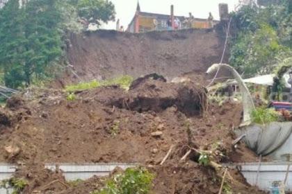 Wisata Guci di Kabupaten Tegal Amblas Diterjang Tanah Longsor