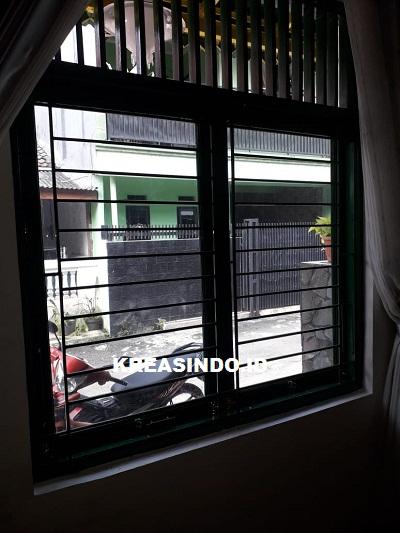 Pintu Pagar Lipat Minimalis dan Teralis pesanan Bpk Bowo di Villa Pertiwi Depok - Order ke Empat