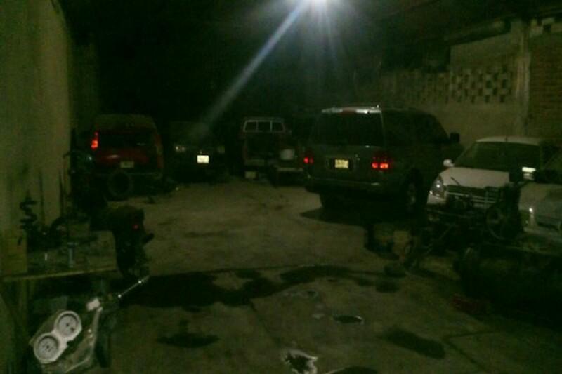 Ejecutan a tres hombres en una pensión de Romita, Guanajuato