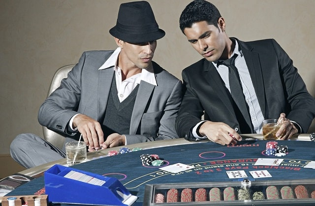 ways poker makes you better gamer strategy gaming