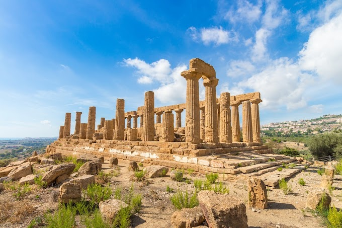 «Ο δεύτερος Ελληνικός «αποικισμός» και οι συνέπειές του, κατά την αρχαϊκή περίοδο», του Δημήτρη Β. Καρέλη