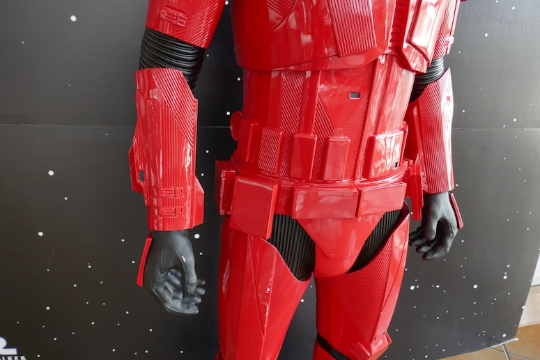 Star Wars Rise skywalker Sith Trooper costume detail