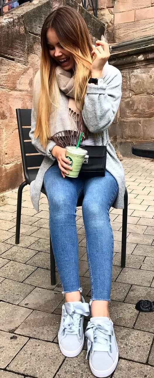 what to wear with a cardigan : scarf + bag + skinny jeans + sneakers + top