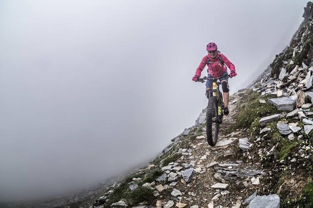 Mountainbiken in der Schwangerschaft 8. Monat E-Bike Trail