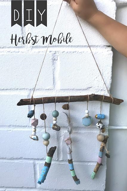 DIY Herbst Mobile Waldmobile Kinder basteln im Herbst Jules kleines Freudenhaus