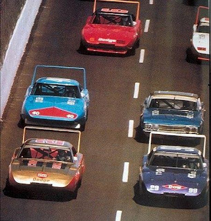 1970 Superbird and 1969 Charger Daytona In The 1970 Nascar 01