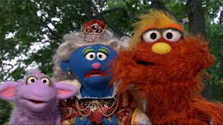 Murray and Ovejita present the letter of the day: letter Q. Sesame Street Episode 4413 Big Bird's Nest Sale season 44