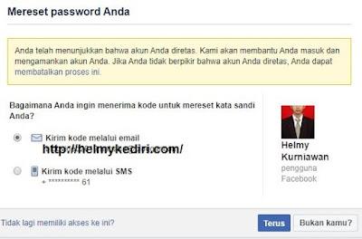 mengakses akun facebook dicuri