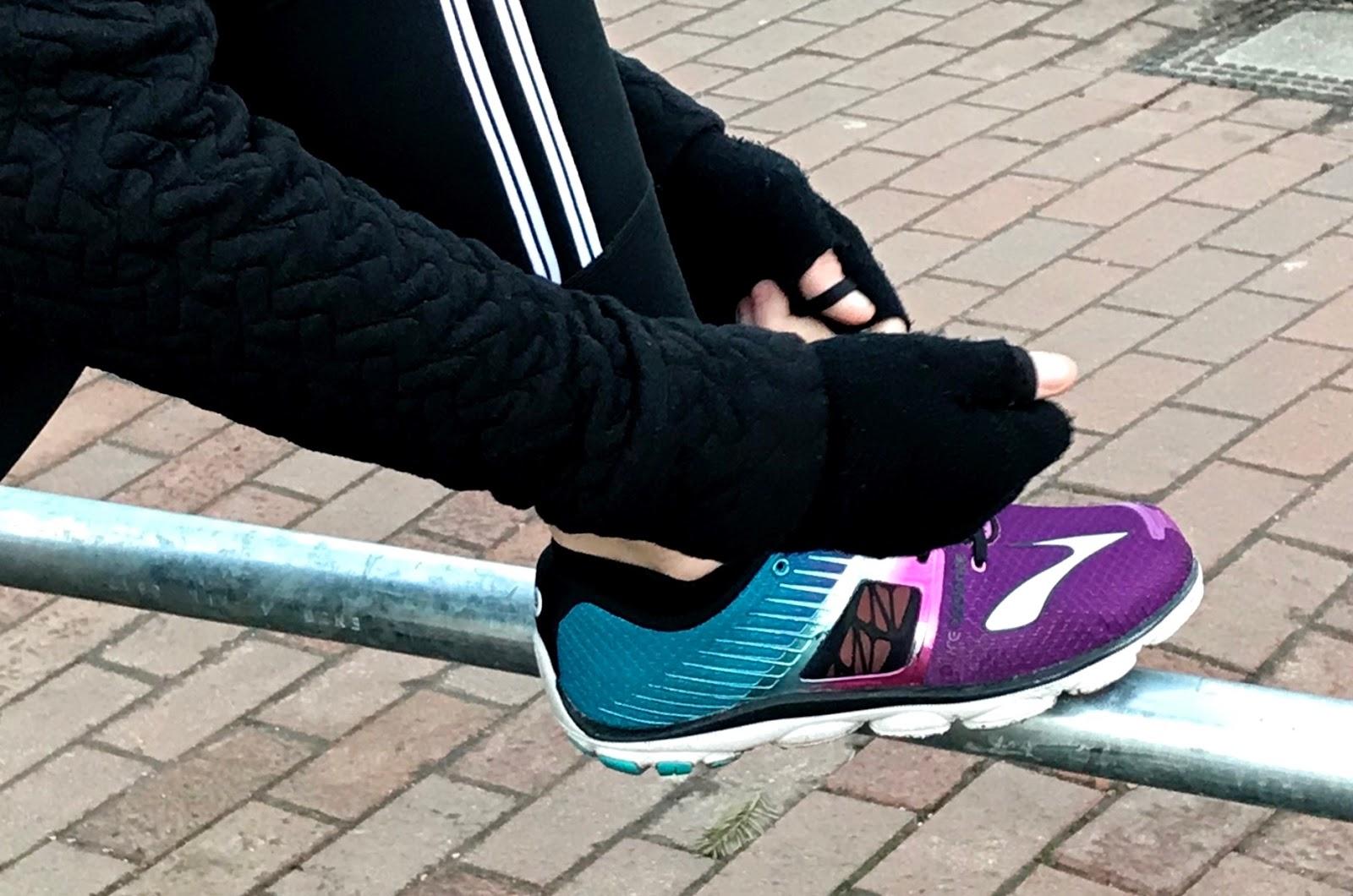 tying sneakers