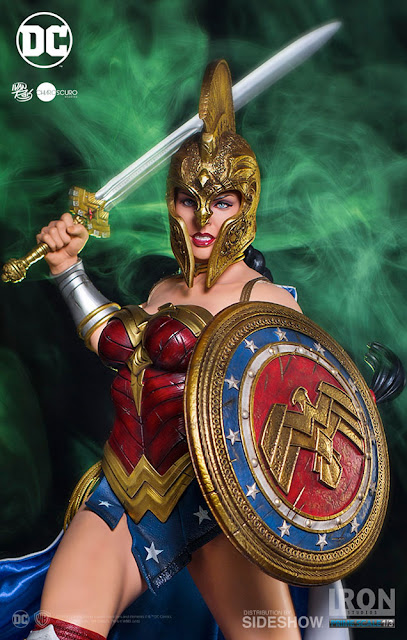 osw.zone Iron Studios 1: 3 Scale Wonder Woman 33.5-inch Tall Prime Scale statue looks quite awesome from
