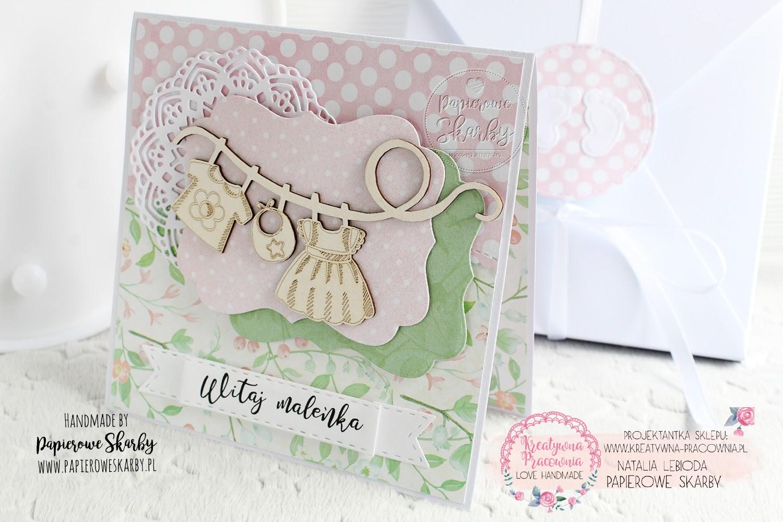 scrapbooking cardmaking handmade rękodzieło ręcznie robiona kartka kartki na urodziny z okazji siódmych urodzin siódme 7 dla chłopca dla chłopczyka dla dziecka błękitna akwarelowa z balonikiem chmury niebo niebiańska urodzinki dziecięca dla dziecka imieniny imieninowa roczek na roczek dziecka dla dziewczynki konik na biegunach z konikiem pierwsze urodzinki na pierwsze urodziny z okazji roczku pamiątka kartka w pudełku pudełko bodziak  pastele ciuszki witaj witaj na świecie maleństo maleńka dziewczynko córeczko gratulacje z okazji narodzin córeczki dziewczynki gratulacyjna