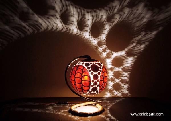 Lámpara de artesanía africana