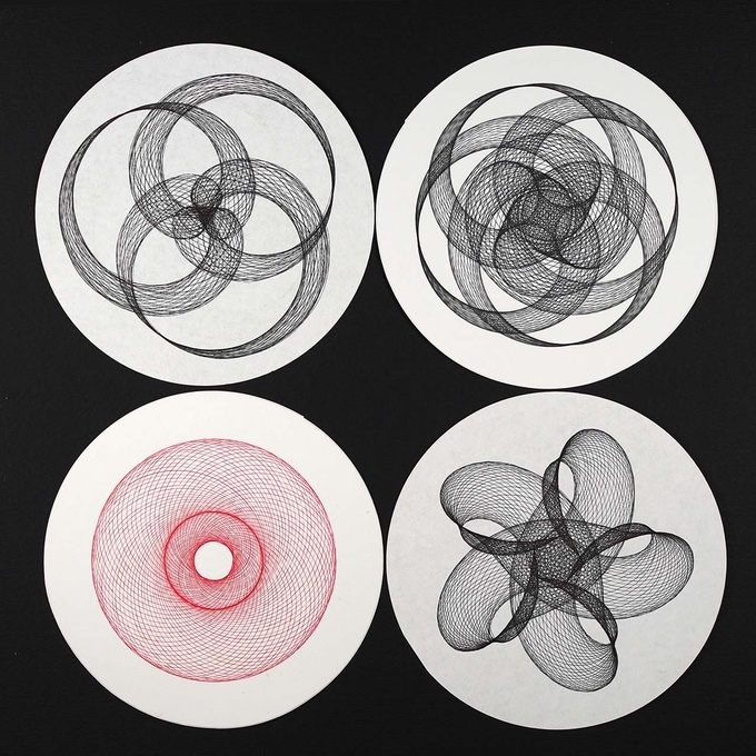 08-Joe-Freedman-Intricate-Geometric-Patterns-with-the-DuoGraph-Drawing-Machine-www-designstack-co