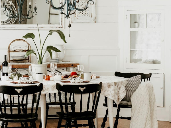 Simple Fall Tablescape in our Dining Room