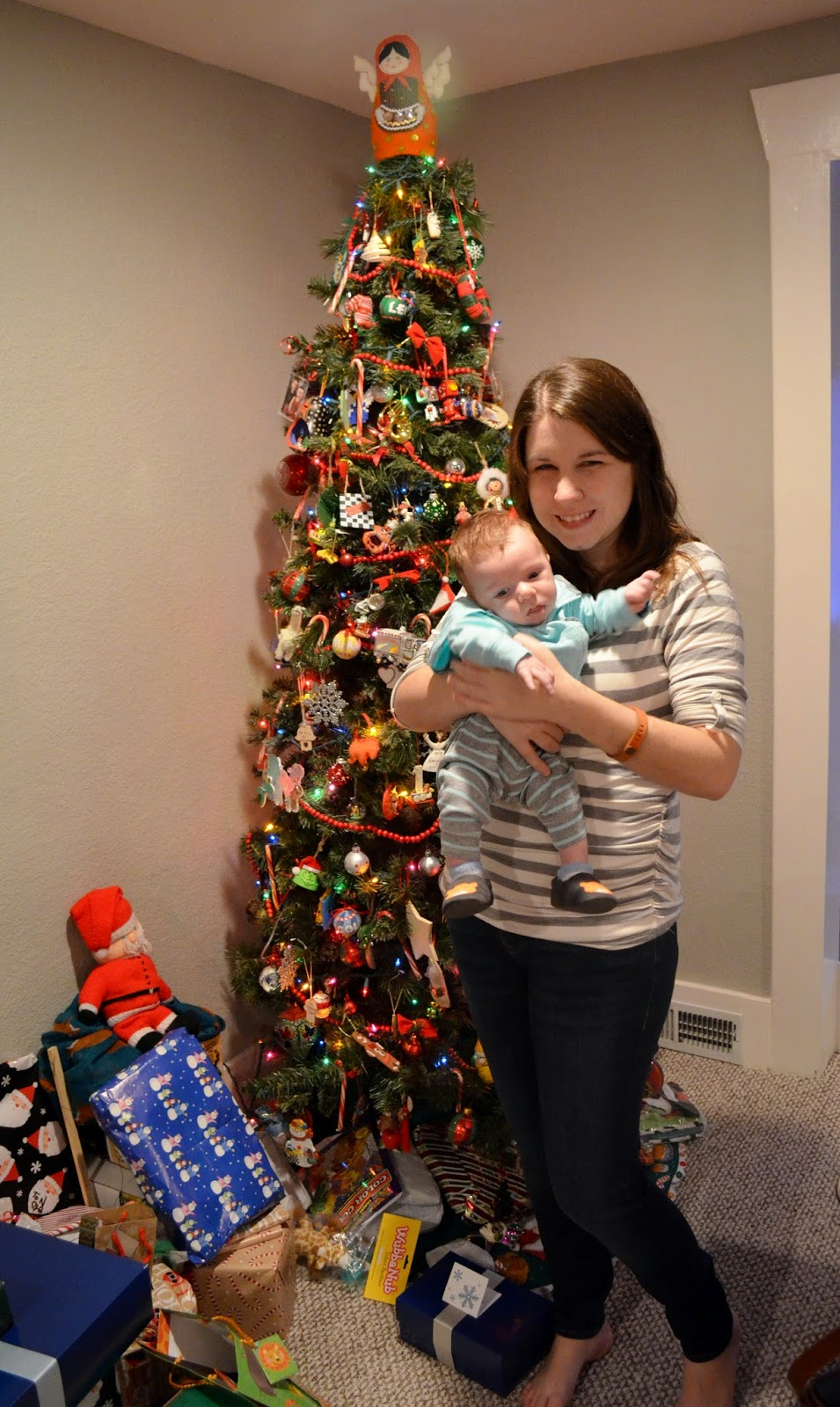 mom baby and christmas tree what to wear while nursing