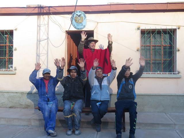 Gestern war Feiertag in Bolivien Im Aymara-Kalender feierten wir das Jahr 5525 und die ersten Sonnenstrahlen sind rayos consagrados de INTI SOL