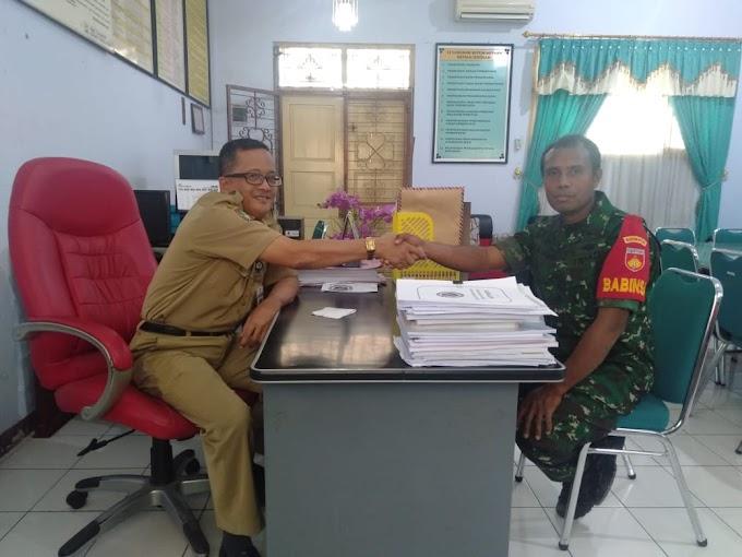 Babinsa Kelurahan Serengan Memberikan materi Bahaya Narkoba di SMP Negeri 19.
