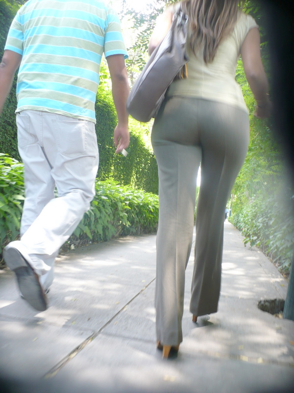 Chubby girl tight pant tubes