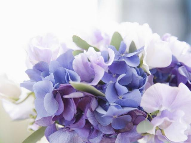 Wedding_Fowers I segnatavolo romantici di P&VCards Tableau Colore Bianco Colore Lilla Segnatavolo Tema cuori