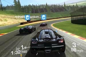 Permainan balap mobil Real Racing 3