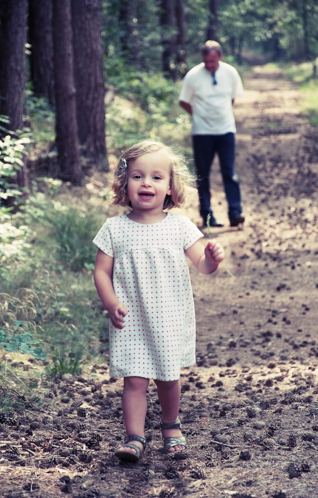 Frameless mind kleine meisjes worden groot - Kleurenkamer klein meisje ...