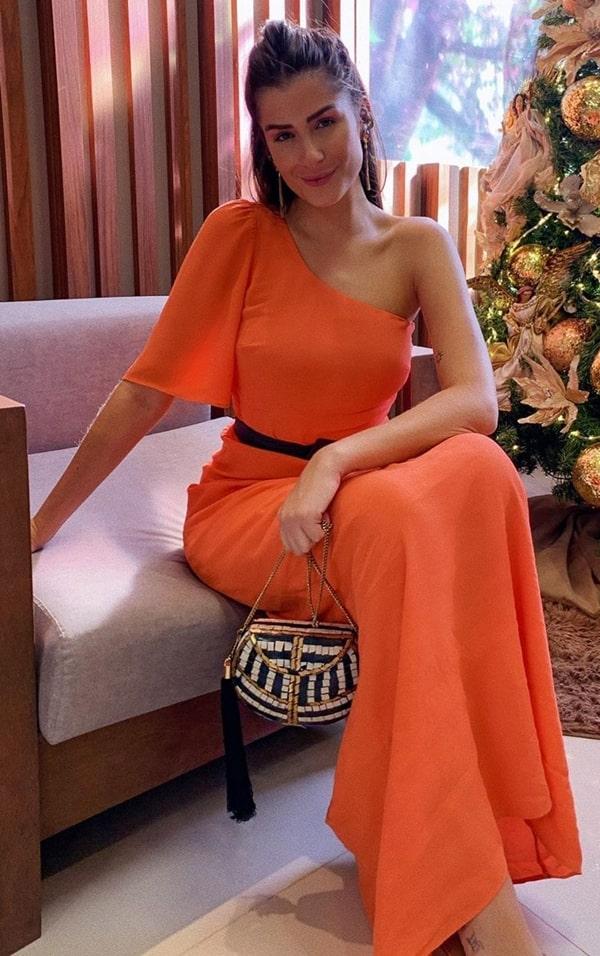 vestido de festa longo laranja de um um ombro só