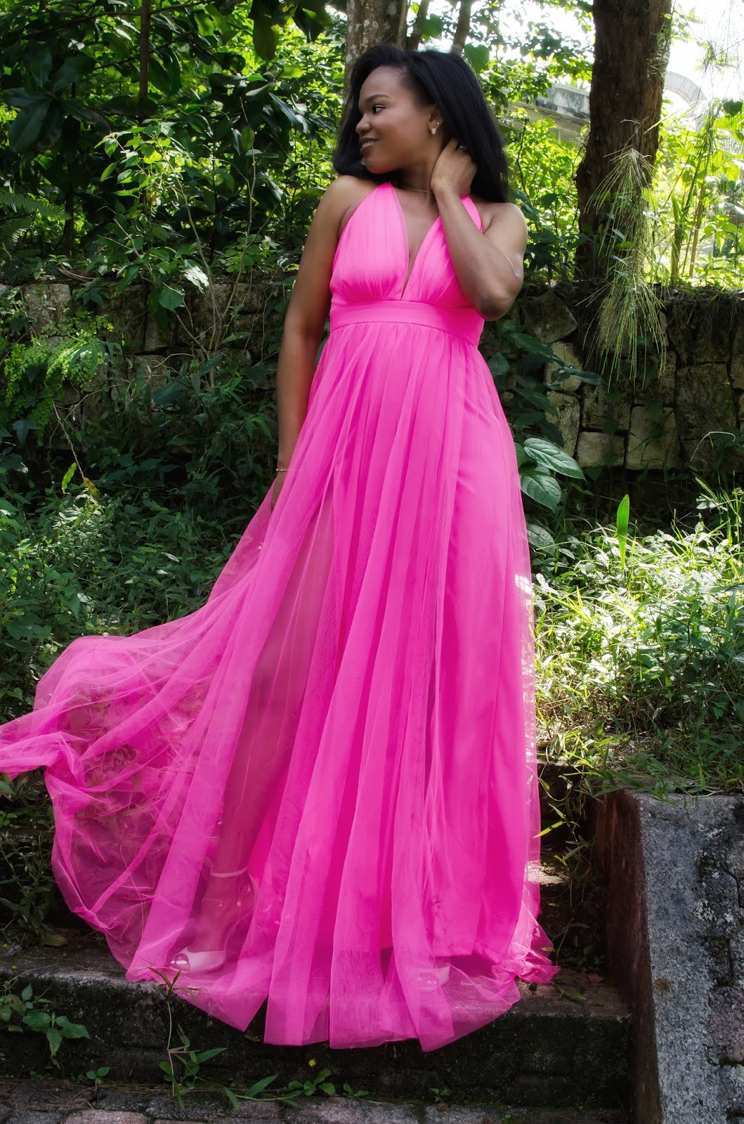 Iris from blog LaMousMous in a fabulous hot pink gown