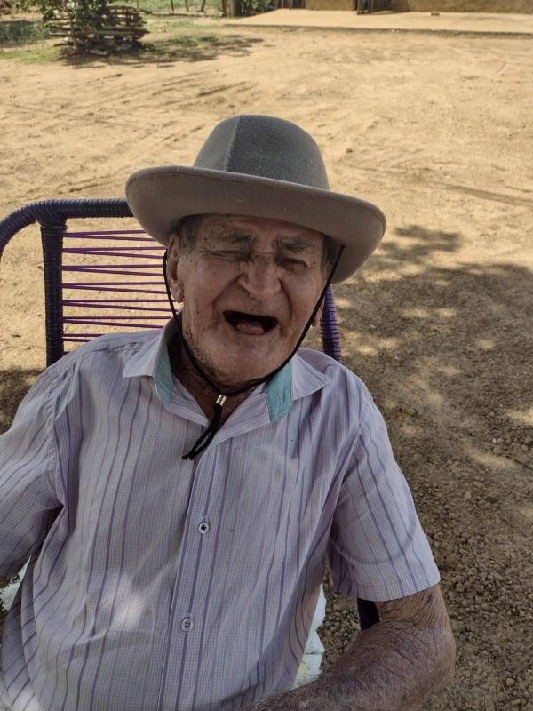 """Francinópolis: morre o aposentado """"Manoel Cearense"""", pai do líder comunitário Mariano Muniz, morador da Chapada do Brejo, aos 95 anos."""