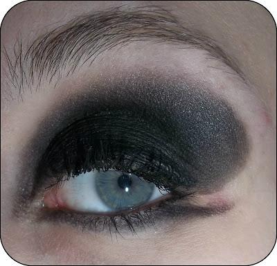(f)utiles - Makeup Artist - Pat McGrath