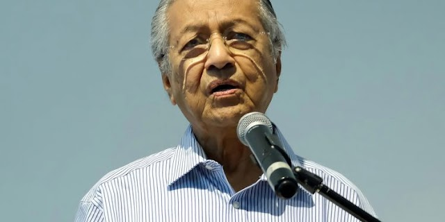 Muslims 'have right to kill millions of French people'—Malaysia's former PM