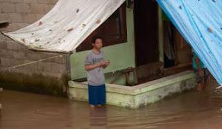 Diguyur hujan seharian sebagian wilayah di jakarta terendam banjir