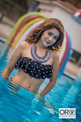 foto de chica en la piscina