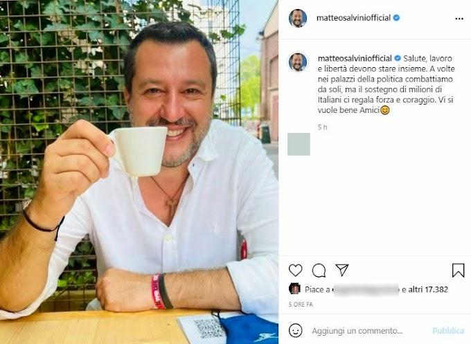 Matteo Salvini si è vaccinato. No -greenpass domani in piazza