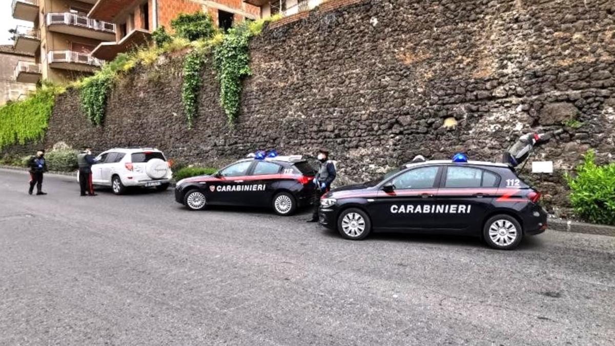 Randazzo Carabinieri controlli Codice della Strada
